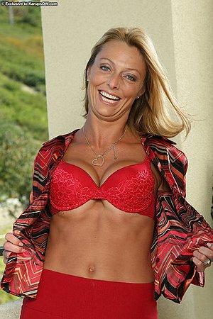 Nackt  Brenda James Brenda James